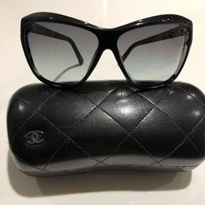Chanel sunglasses 5153 - Cat eye black